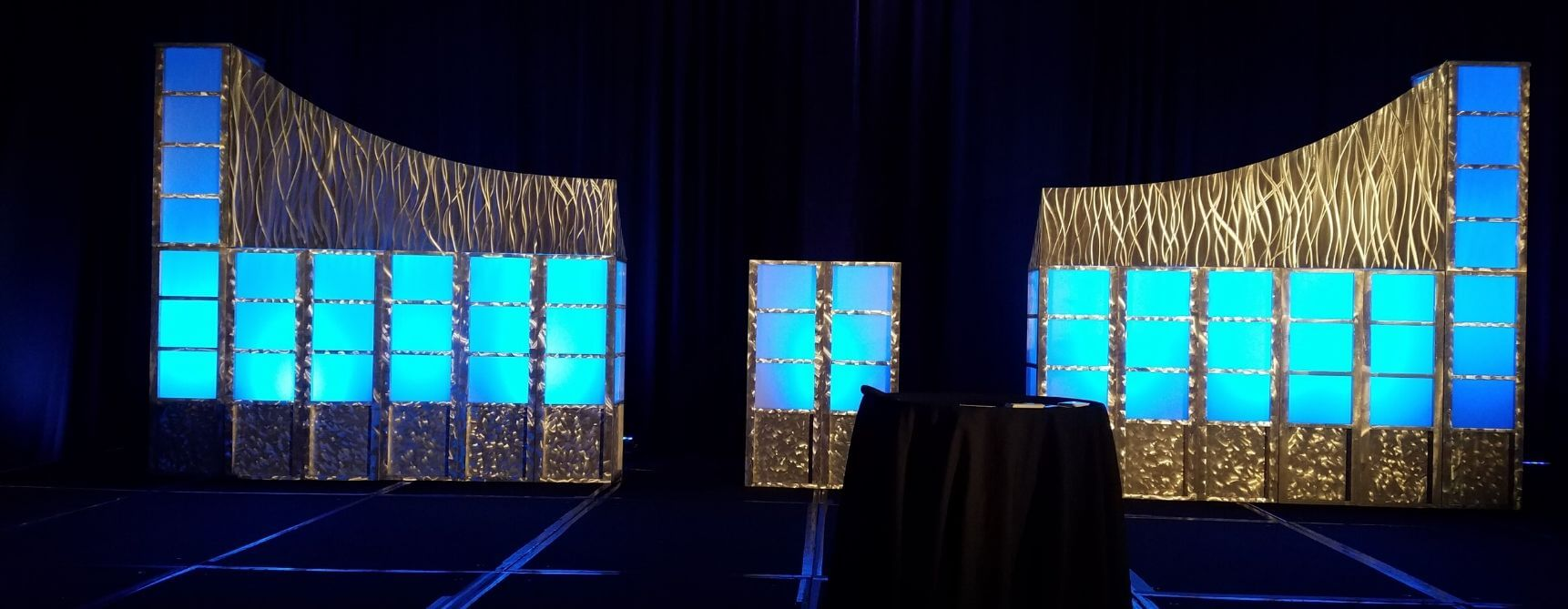 2 event stage setting